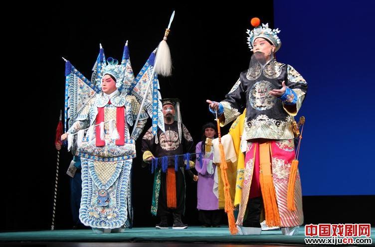 2013年5月25日,中国国家京剧院在日本东京艺术剧场演出《赵云与关羽》